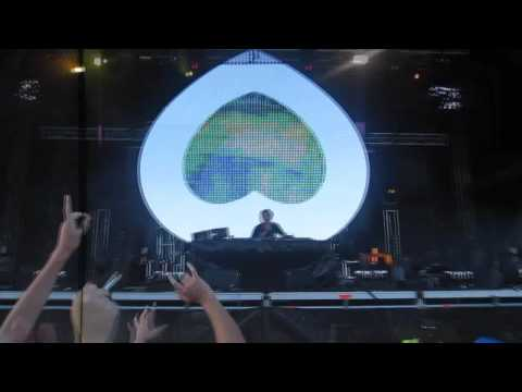 Axwell Live @ Stereosonic Melbourne 2009 'TV Rock - In The Air Vs. Hard-Fi - Hard To Beat'