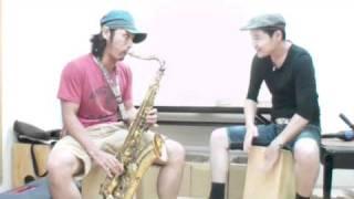 サックス 神戸の教室にて!カホンとセッション!