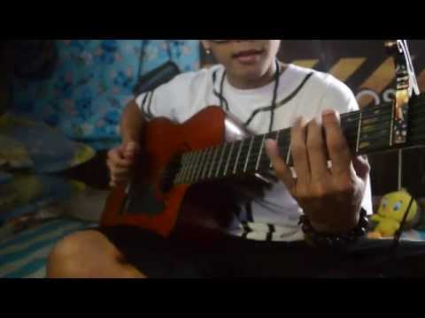 How to play Pharrell Williams -Happy with guitar NO CAPO