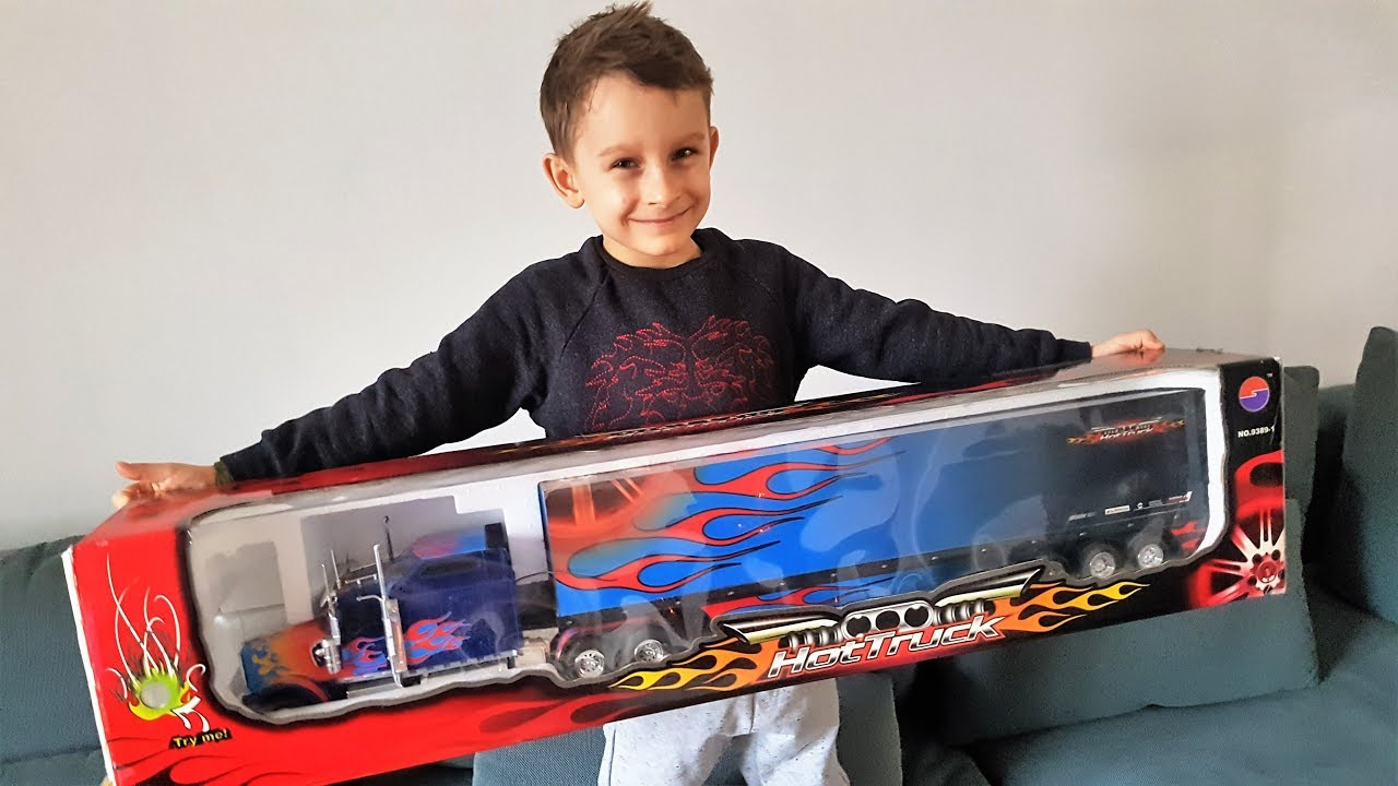 Download Frank gets Optimus Prime Truck !