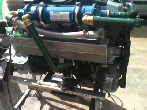 Bootsmotor mercedes om 605 115 ps youtube for Mercedes benz marine engines