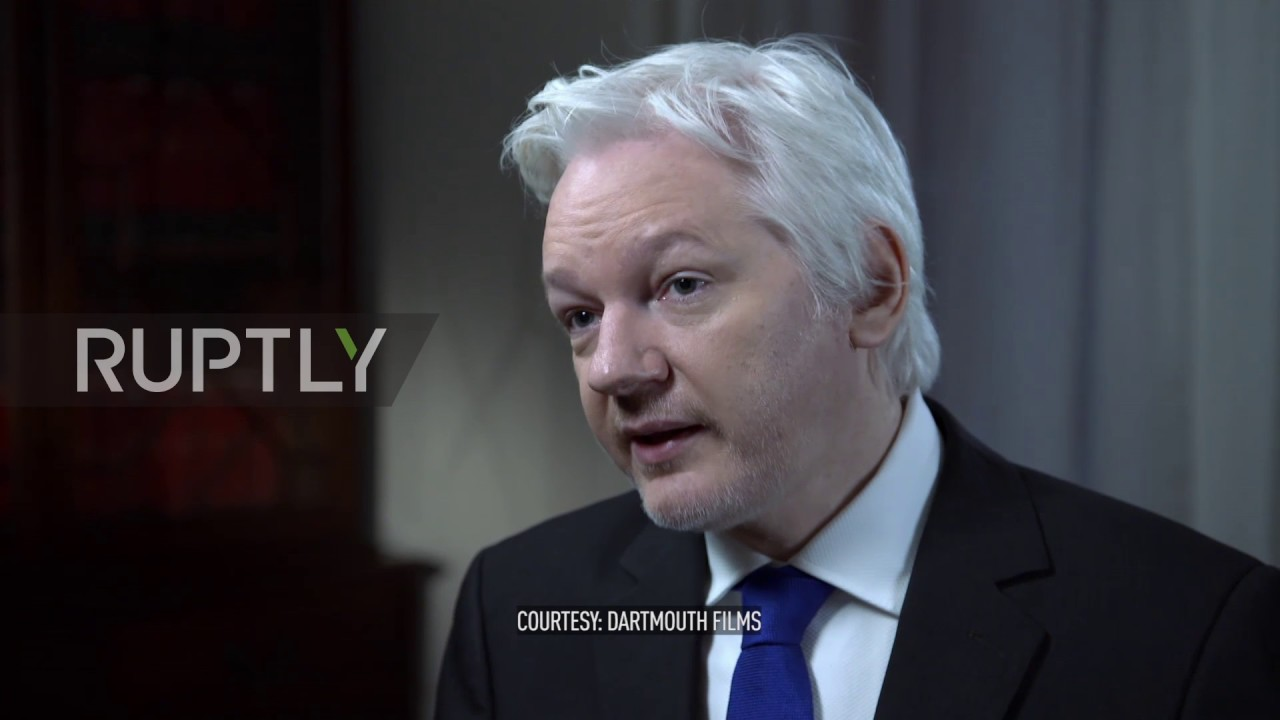 UK: Clinton Foundation and IS funded from the same sources - Assange