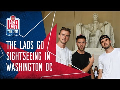 DOWNTIME IN D.C.   Arsenal squad take sightseeing trip around Washington