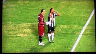 Gol de Jô, jogada genial de Ronaldinho Gaúcho - Galo 2 x 1 São Paulo. Libertadores 2013 thumbnail
