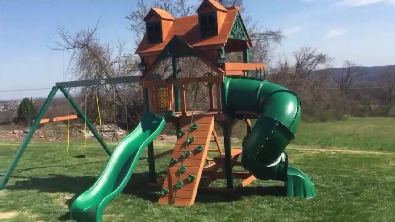 Gorilla Mountaineer Malibu Wood Roof Swing Set With Installation And