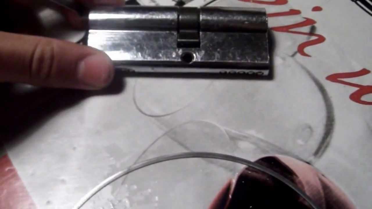 Abrir cerradura sin llave youtube for Cerradura sin llave