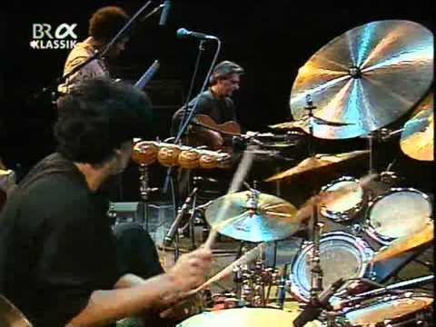 John Mc Laughlin Trio (feat. Trilok Gurtu, Kai Eckhardt) 1.