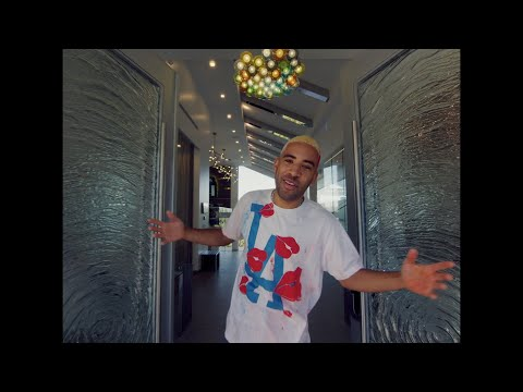 Смотреть клип Kyle Ft. Tyga & Johnny Yukon - Money Now
