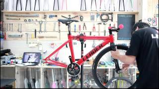 The Fixie Shop - Bulding a Leader Classic 725 Red