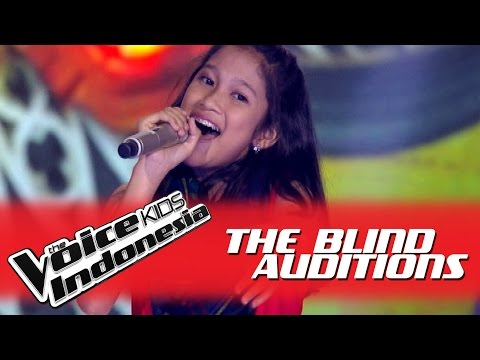 "Nabila ""Tiba-Tiba Cinta Datang"" I The Blind Auditions I The Voice Kids Indonesia GlobalTV 2016"