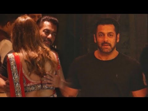 Salman Khan ATTENDS Sanjay Dutt's Diwali Party 2017