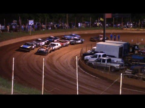 Winder Barrow Speedway Stock Eight Feature Race 4/23/16
