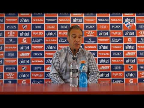 Conferencia de prensa  de Martín Lasarte y Hugo Silveira - 06 10 2016