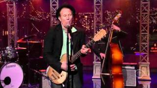 "Tom Waits -- ""Lie to Me"" (Late Show with David Letterman, 2006)"