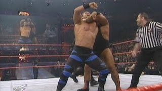 Tazz vs Chris Benoit  -  RAW 2000