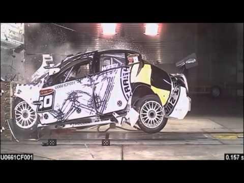 V8 Supercar Crash Test
