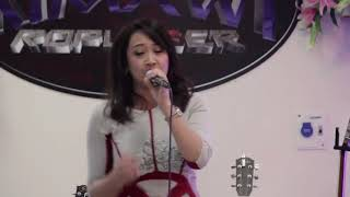 Bethsy Lalrinsangi - Chanchintha hril lo hian