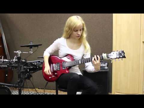 Laura6100 - J.S. Bach - Prelude no.2 in Cm - Guitar Cover