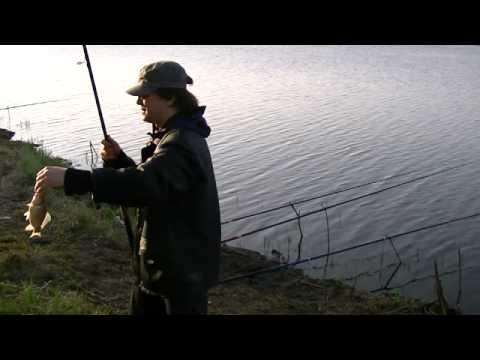 Ловля карася на фидер с.Решетниково (Тюмень) - YouTube