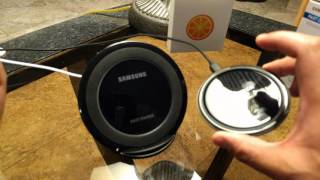 Gambar cover Samsung Fast Wireless Charging Stand vs. Choetech Fast Wireless Charger Review & Comparison