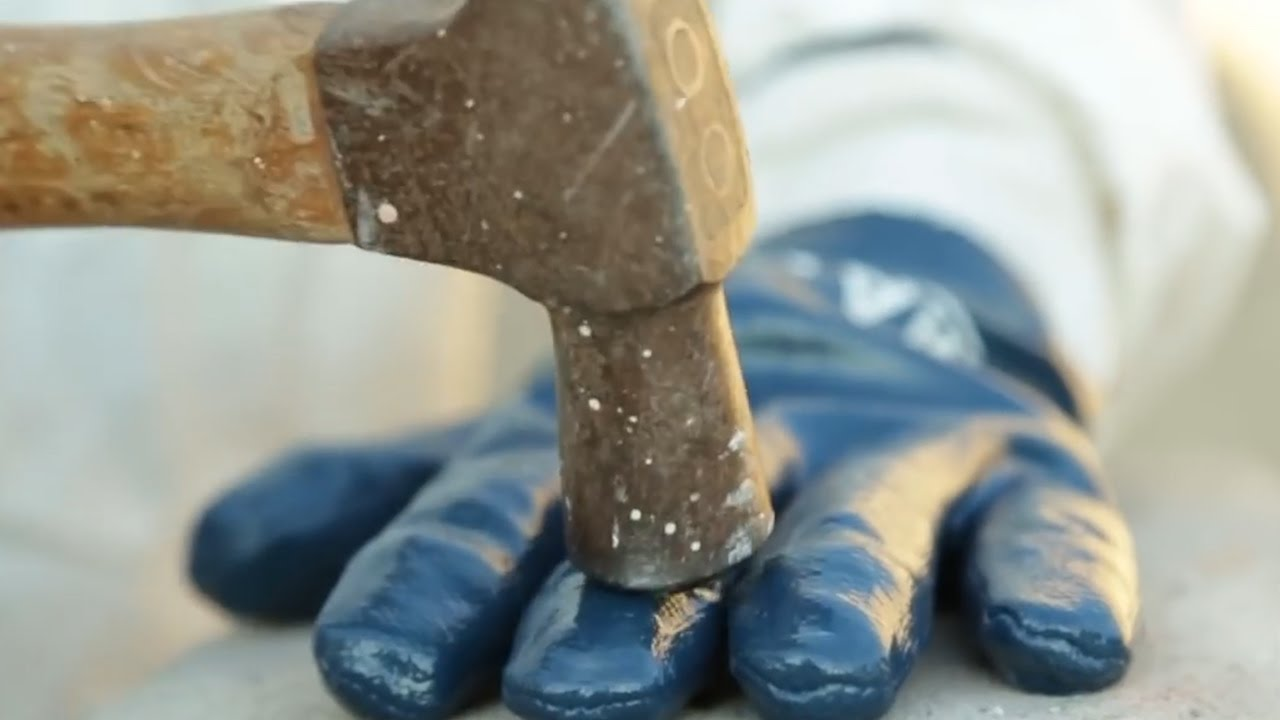 Hammer-Proof Gloves Can Save Your Fingers - YouTube