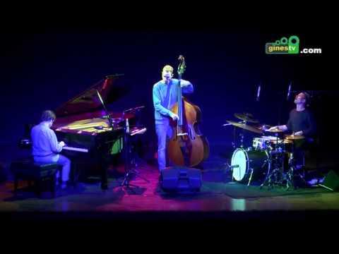 `Phronesis´ abrió el Festival de Jazz de la Provincia en Gines