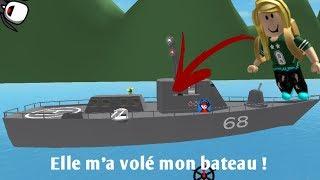 Un noob me vole mon bateau ! [Roblox-SharkBite]