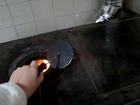 Herg m cocina econ mica calefactora youtube - Cocina economica a lena ...