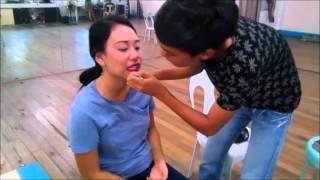 Applying simple Make-up