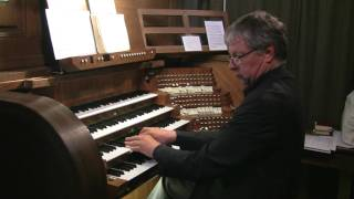 Prof. Wolfgang Seifen in der Abteikirche Himmerod