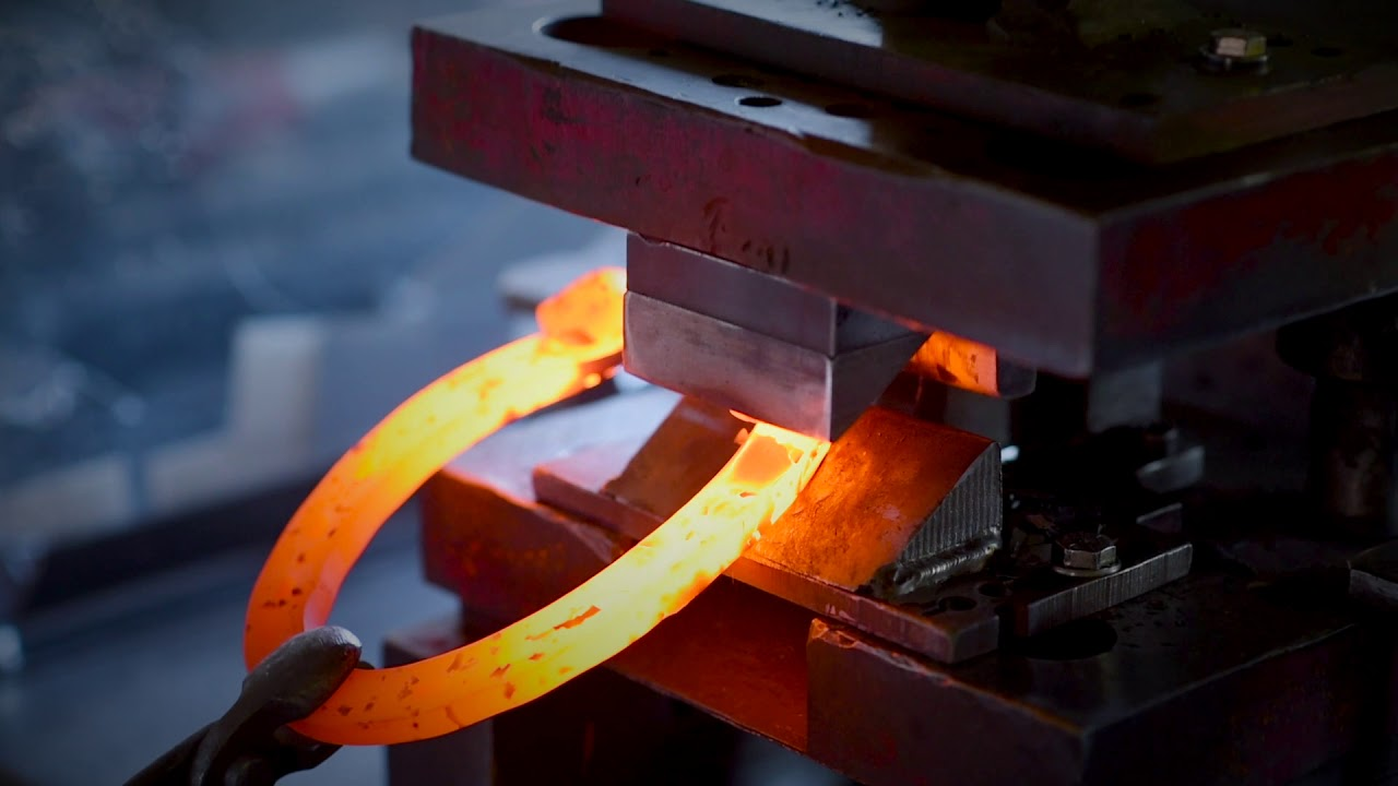 Horseshoes | Quality Horseshoes | Hoofcare Products | Anvil Brand