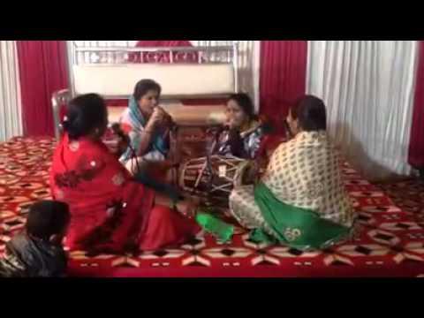 DJ WALE BABU BY INDIAN LADIES FUNNY