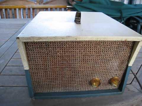 Repeat SEARS Silvertone Model #7239 Licensed RCA 45 RPM Record