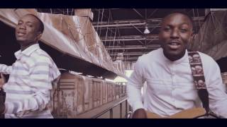 Michel Bakenda - Oza Nzambe (Feat Fiston Mbuyi) [Clip Officiel]