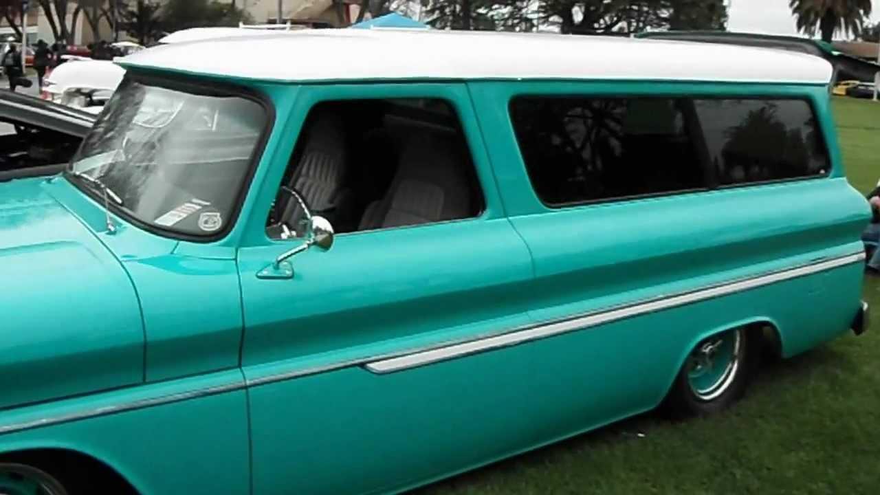 1965 Chevy Suburban MOTOLOCATOR - YouTube