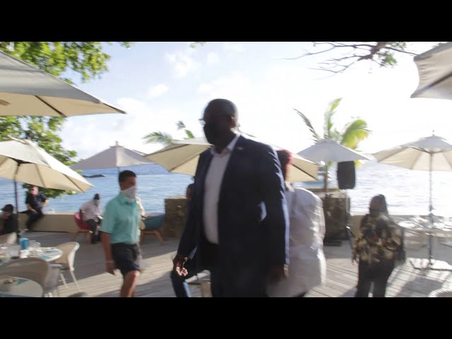 Clinton Stapleton Saxophone Serenade playing Lean  On by DJ Snake Major Laser at US Virgin Islands