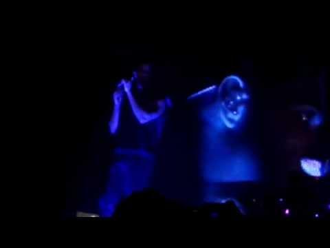 Drake performing Mine live