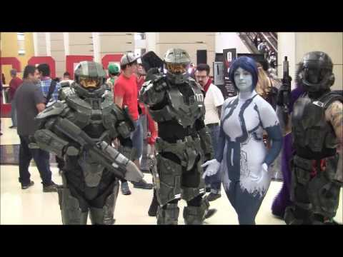 C2E2 2017 Cosplay and show floor overview
