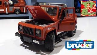 ✔ BRUDER. Игорек распаковывает новую машинку / Видео для детей / Jeep Land Rover ✔
