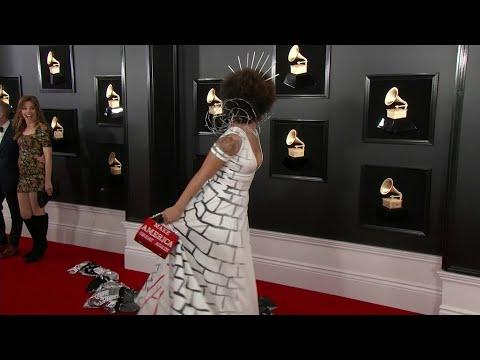 Chuck and Kelly - Singer Joy Villa Dresses As President Trump's Wall At Grammys