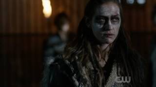 The 100 4x04 Bellamy find out Octavia died