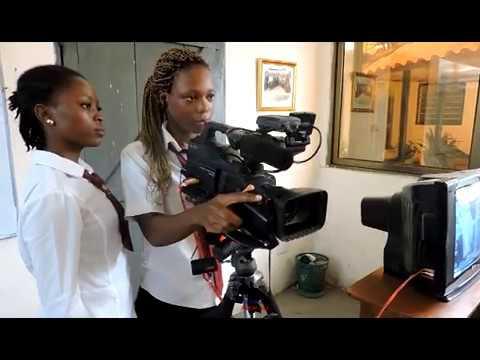 Pratique du cours de production audiovisuelle par les étudiant en Communication