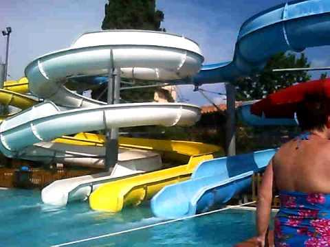 Giro piscina  partenza per gli scivoli  YouTube