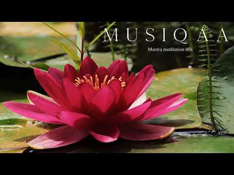 Mantra ⋄ Sacred Chant ⋄ Meditation ⋄ Yoga ⋄ Mix