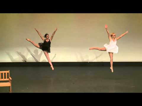 "Contemporary duo ""breathe me"""