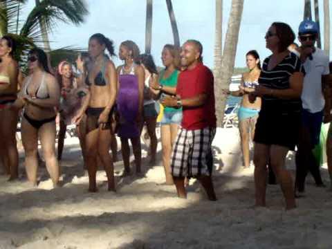 dancing in santo domingo Babaro