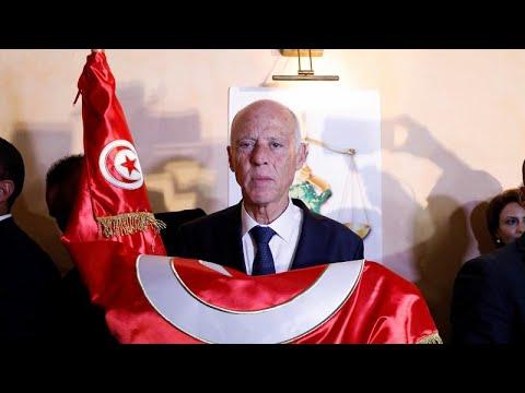 Tunisinos celebram vitória de Saied nas presidenciais