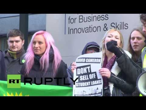 UK: Student anger over plans to sell off university debt
