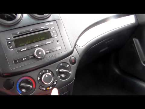 2008 Chevrolet Aveo LS start up, tour