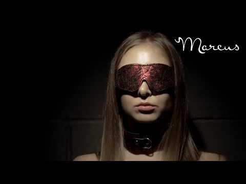 Свяжи меня нежно. Красивое видео. Кружевные маска и наручники для игр от MARCUS